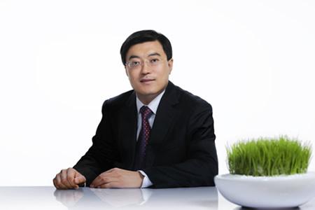 潘剛-內蒙古伊利實業集團股份有限公司董事長介紹