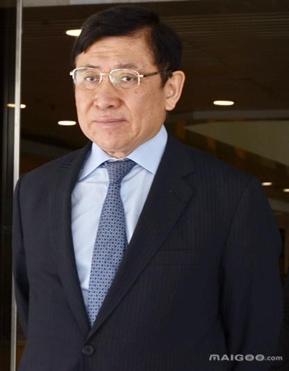 郭炳联-新鸿基地产主席介绍