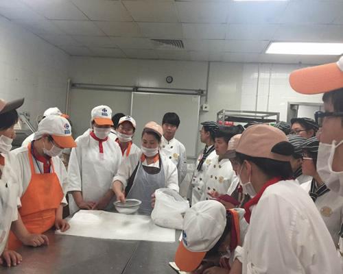 家乐福超市与上海新东方烹饪学校培训合作启动仪式顺利举行