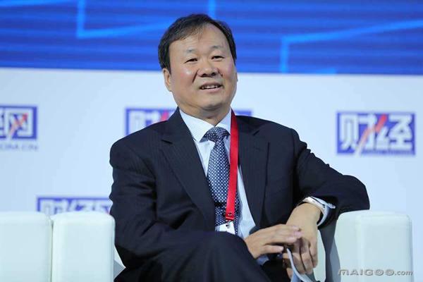 辞去董事长职务 新华人寿万峰时代终结   东方财富网
