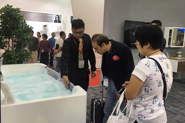 阿波罗卫浴惊艳亮相上海国际厨卫展
