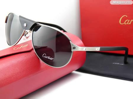 [太阳镜品牌]宝丽来眼镜经销商告诉你:如何鉴别测试偏光眼镜片