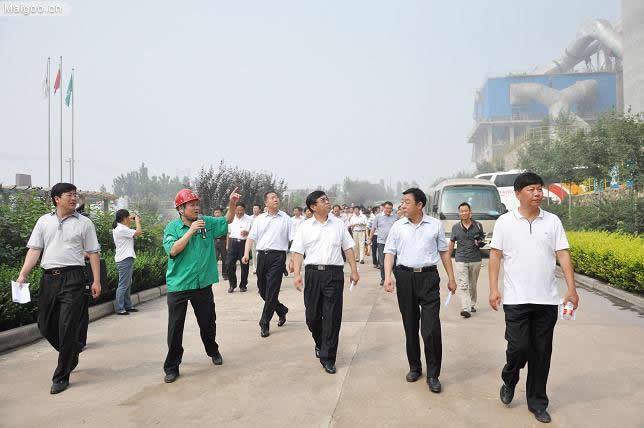 [冀东水泥]唐山市环保局局长张有悦一行到冀东启新水泥公司指导工作