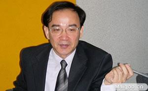 上影影視電影品牌董事長兼總裁任仲倫︰站著是中國電影的高度