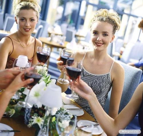 长城红酒告诉你:红酒对女人的九大好处