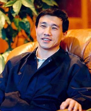 孙广信-新疆广汇实业投资(集团)有限责任公司董事局主席介绍